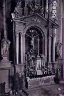 Brzeżany. Oryginalny ołtarz w kościele parafialnym, przed 1945 r.