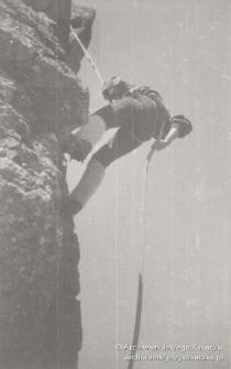 Jura Krakowsko-Częstochowska, wspinający się mężczyzna