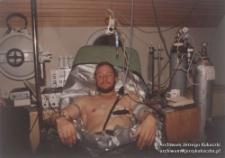 Szwajcaria, 2 poł. lat 80. XX w. Jerzy Kukuczka na łóżku szpitalnym w czasie badań w Szwajcarii
