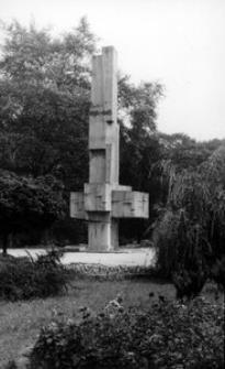 Pszczyna - Pomnik Zwycięstwa wzniesiony dla uczczenia poległych i pomordowanych powstańców w latach 1919-1921 oraz Polaków w czasie II wojny światowej