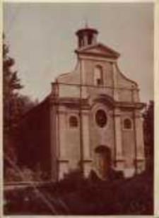 Kietrz. Kościół św. Krzyża, dawna Kaplica cmentarna przy ul. Okopowej.