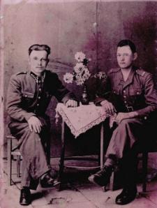 Portret żołnierzy.