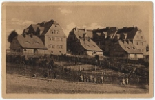 Freundliche Häuser. Arbeiterkolonie Ober-Lazisk, Kr. Pless