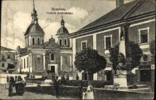 Brzeżany. Pomnik Jana III Sobieskiego z 1916 roku.