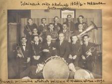 Zakończenie roku szkolnego 1929/30 w Ochronce Bytomskiej. Orkiestra młodzieży polskiej