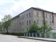 Brzeżany. Budynek koszar 51 pułku piechoty Strzelców Kresowych.