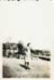 Braciszów. Plac przed restauracją przed 1945 r.