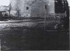 Głubczyce. Widok z ulicy Plac Zgody na młyn od strony pólnocnej około 1960 r.