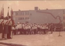 Kietrz. Szkoła podstawowa przy ulicy Głowackiego.