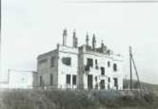 Brzeżany. Zniszczony dworzec kolejowy, przed 1945 r.