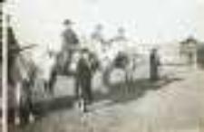 Brody. Ułani na koniach, przed 1938 r.