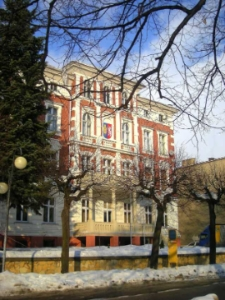 Głubczyce. Budynek przy ulicy Kochanowskiego. Siedziba Starostwa Powiatowego, 2012 r.
