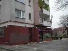 Głubczyce. Budynek przy skrzyżowaniu ulic E. Plater i Jana Pawła II, 2010 r.