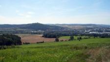 Bliszczyce. Widok z Baraniej Kopy na Krnów i wzgórze Cvilin, 2011 r.