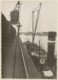 Oder-Schiffahrt. Entladung-Cosel/Hafen